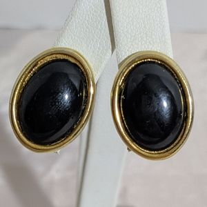 Vintage 80's Black & Gold Sarah Coventry Earrings